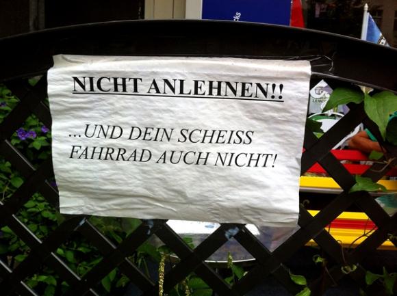 Berlin, Nauener Platz, Roland R.